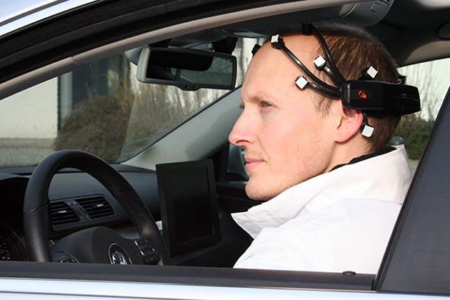 BrainDriver masina condusa cu gandul