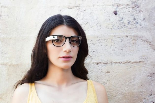 Google Glass are acum rame customizabile și lentile cu dioptrii