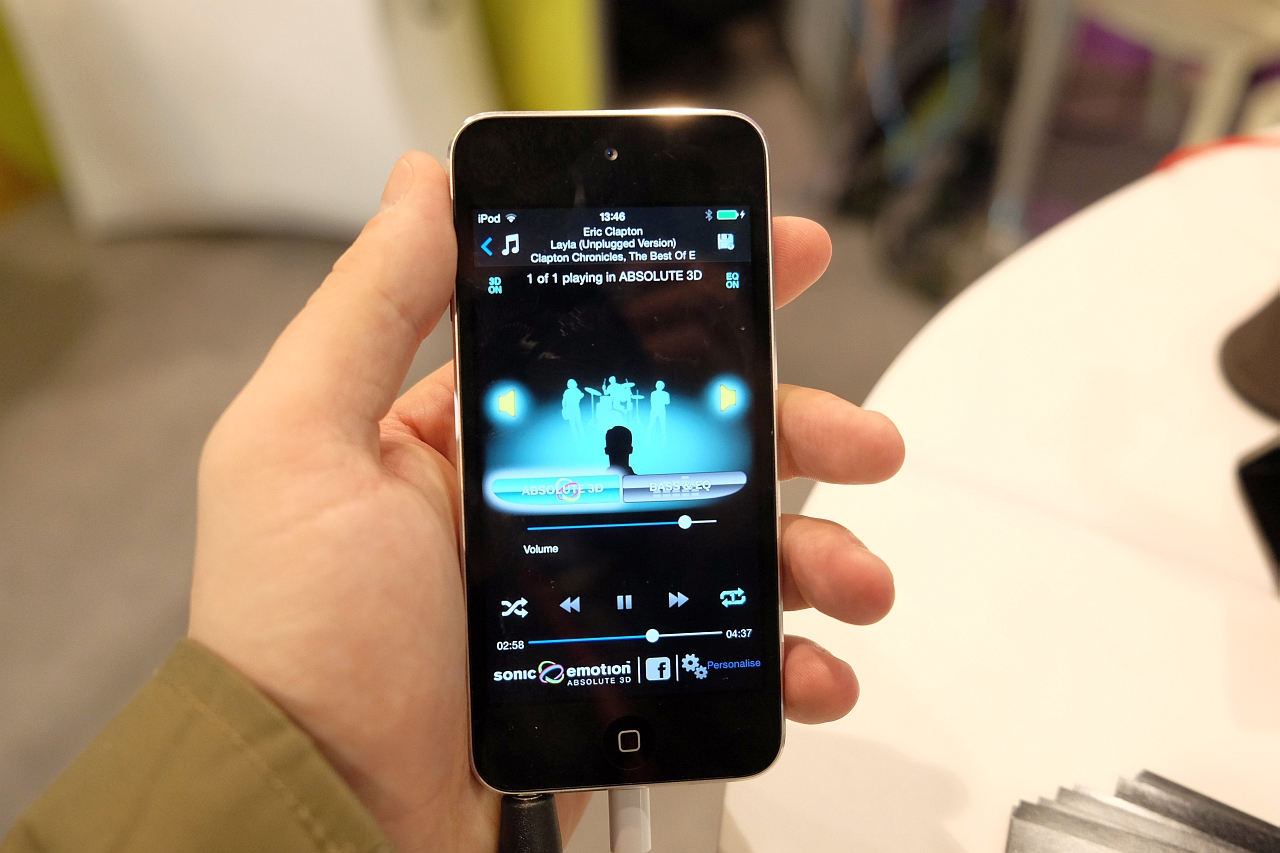 Sonic Emotion, sunet stereo 3D la MWC 2014