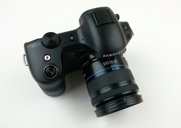 Samsung Galaxy NX Review (1)