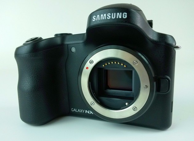 Samsung Galaxy NX Review (15)