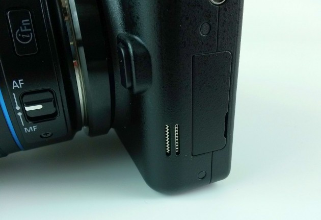 Samsung Galaxy NX Review (5)