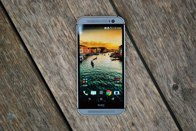 HTC One M8 Design si calitatea materialelor