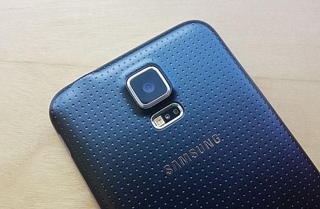 Samsung Galaxy S6 apare în noi teste: dotările sunt mai bune, dar camera e ca pe Galaxy S5