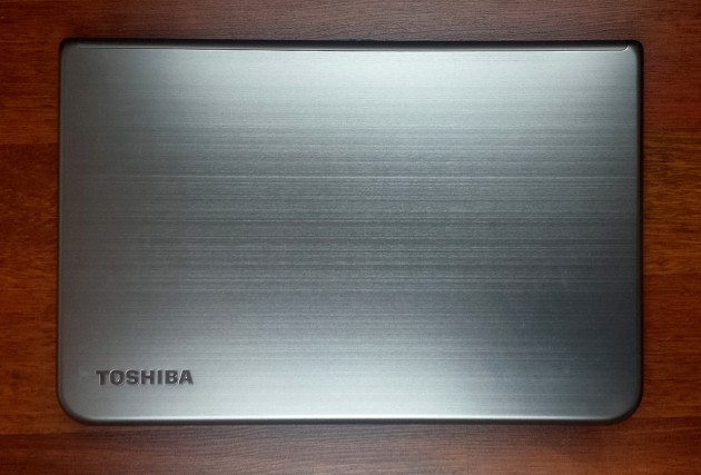 Toshiba Satellite U50t-A-100 review (1)