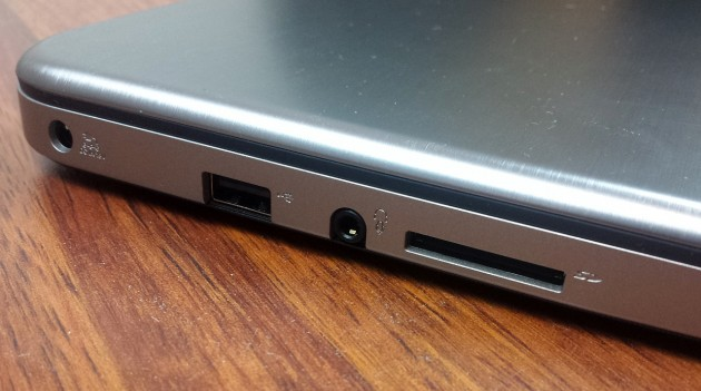 Toshiba Satellite U50t-A-100 review (3)