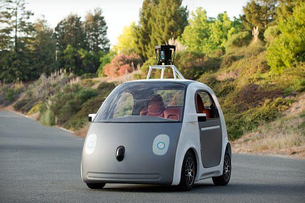 Google își construiește propriile mașini fără șofer