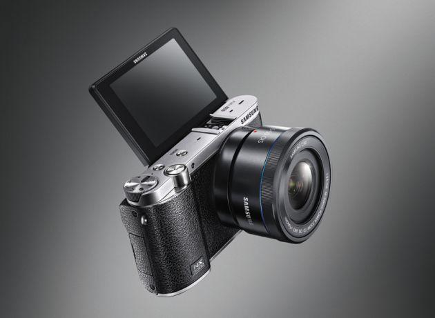 (Key visual) NX3000 Black