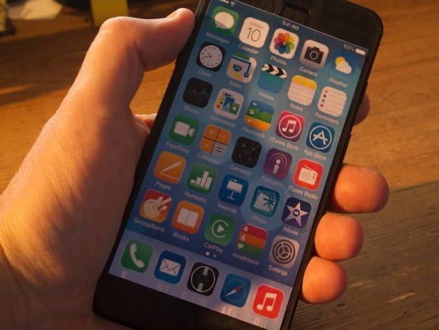 Acum îţi poţi crea propriul iPhone 6 cu o imprimantă 3D