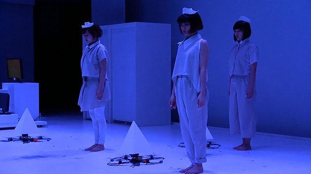 Primul dans realizat cu drone te fascinează prin ceva magic [VIDEO]