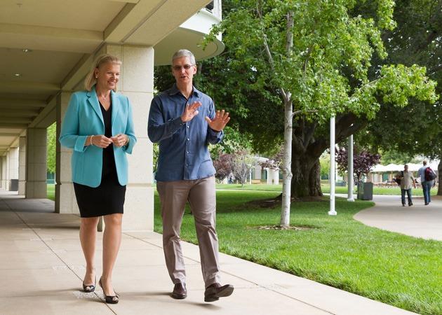 Alianța vechilor rivali: Apple și IBM vor să câștige și domeniul business
