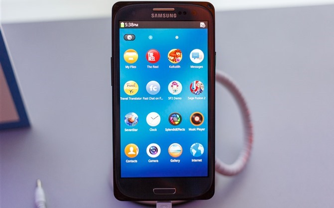 smartphone Samsung_Tizen_reference_phone_thumb[13]