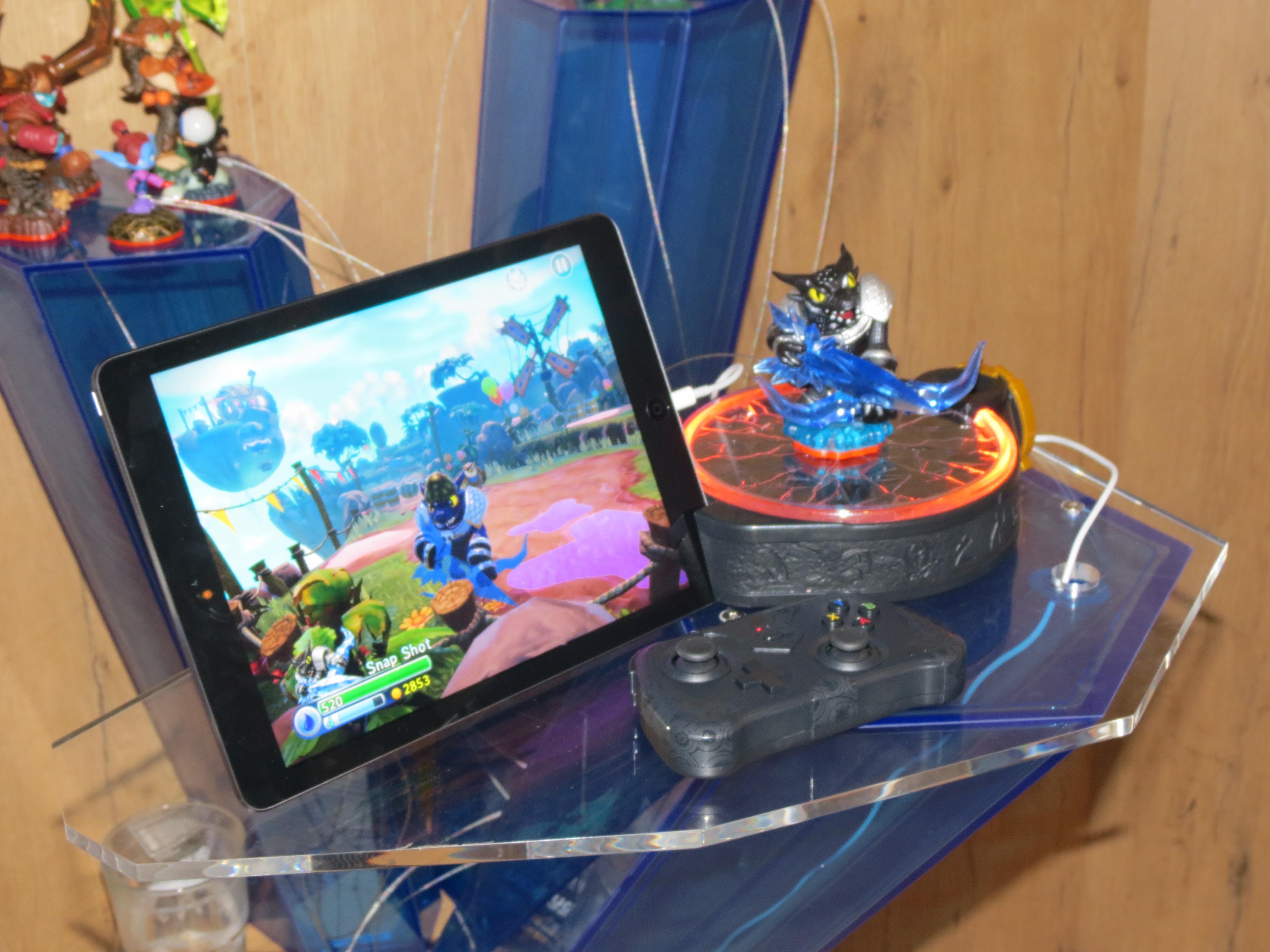 Gamescom 2014 – Prima întâlnire cu Skylanders: Trap Team, un joc interesant, pentru cei mici