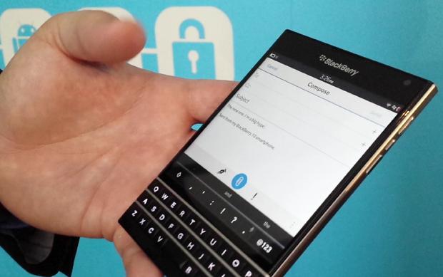 BlackBerry Passport – cel mai bun telefon cu tastatură fizică [VIDEO]