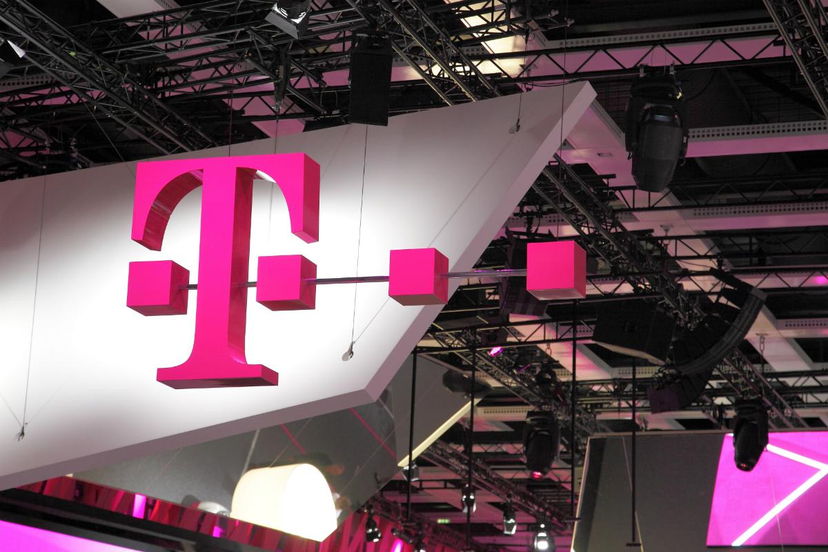 Cosmote și Romtelecom devin Telekom Romania: Este noul cel mai mare operator din România