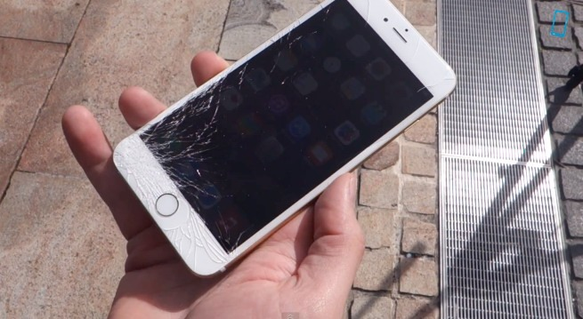 Inevitabil, iPhone 6 şi iPhone 6 Plus au fost date de pământ [VIDEO]