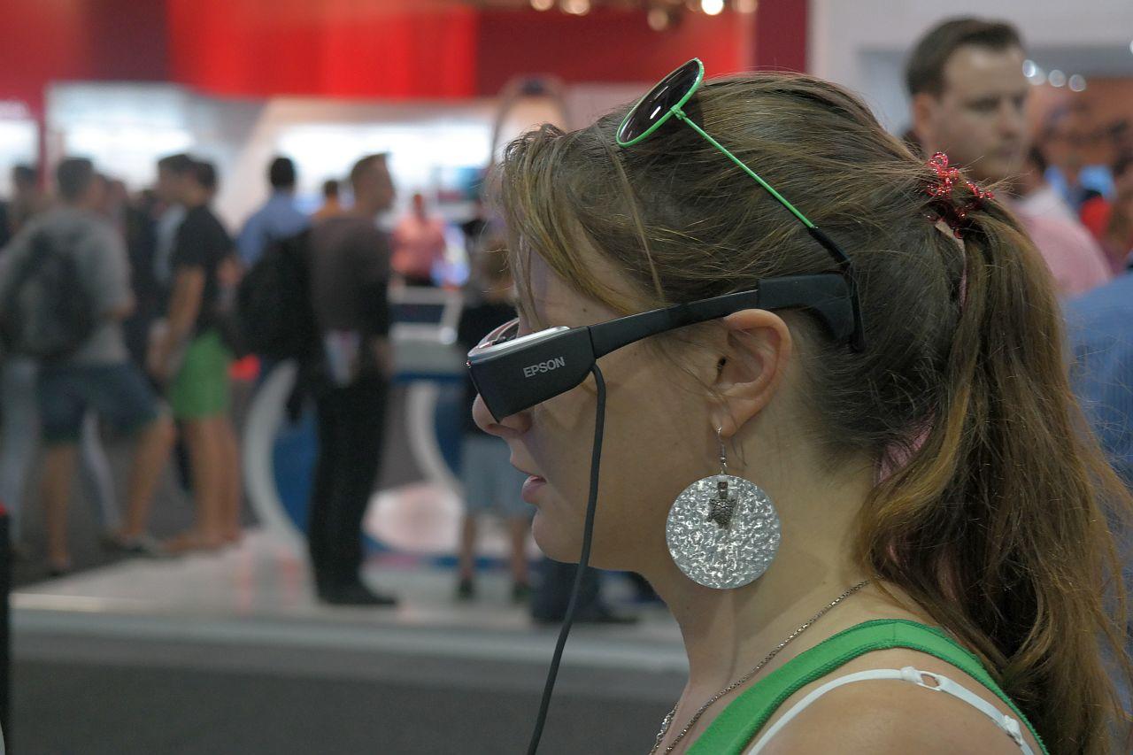 EPSON Moverio și alte gadget-uri la IFA 2014