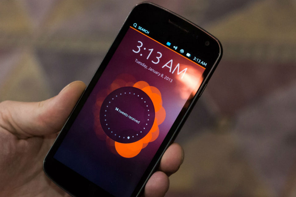 Ubuntu Touch va fi lansat pe Meizu MX4. Acesta e telefonul care devine și PC