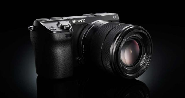 Sony A7000 ar putea avea focalizare în 256 de puncte și un preț destul de redus