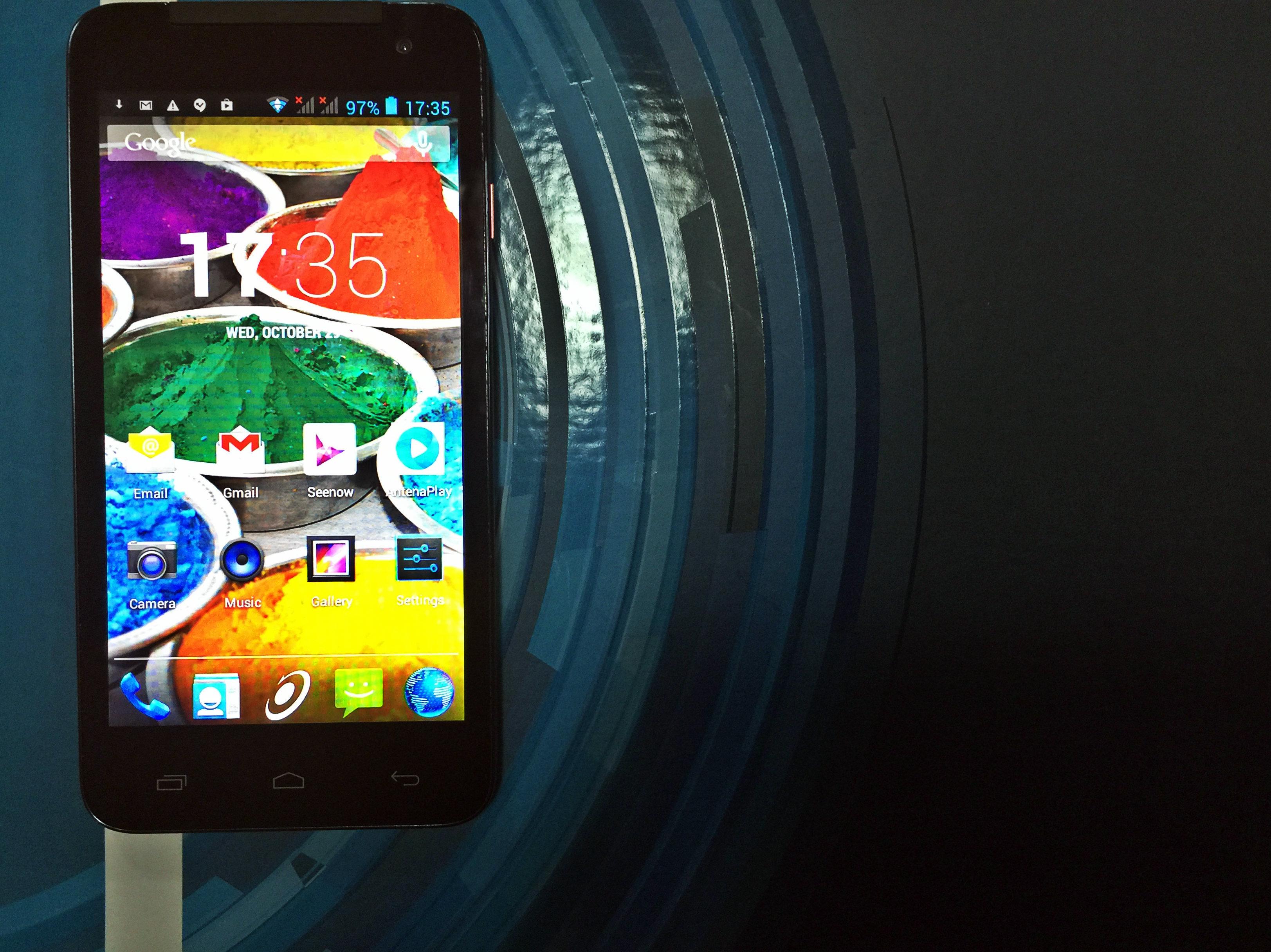 E-Boda Storm V50 – un Android ieftin, arătos, dar cam atât [REVIEW]