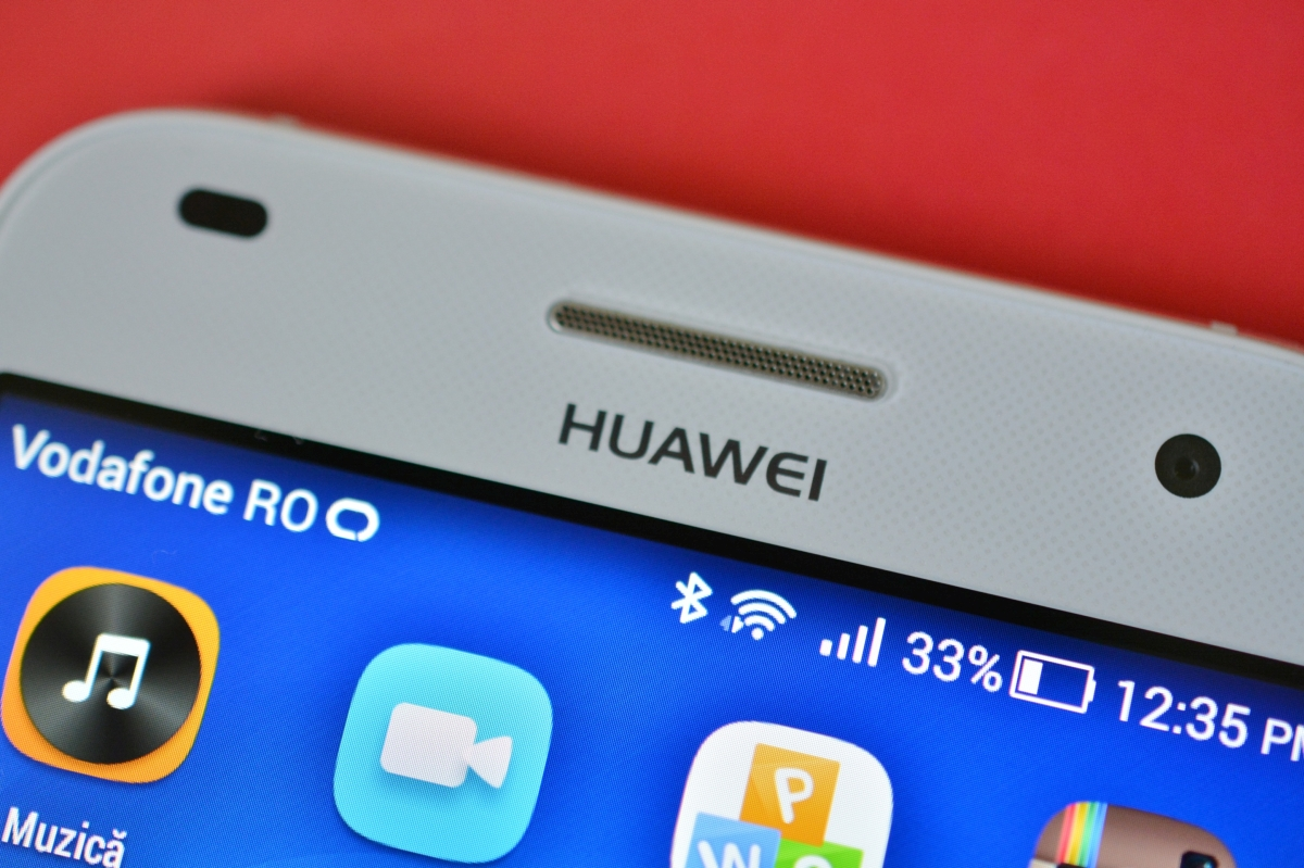 Huawei lovește direct în planurile Microsoft: Windows Phone nu aduce bani