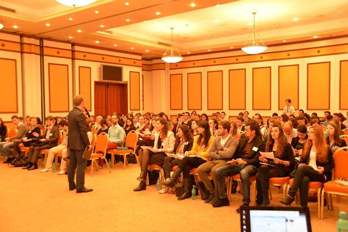 Career Innovation Week: oportunități pentru tinerii din Brașov, București și Ploiești