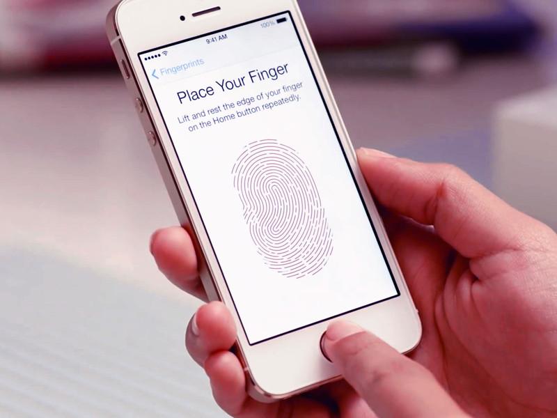 Dezvoltatorii au întrecut Apple: cum deblochezi un computer folosind senzorul de amprente