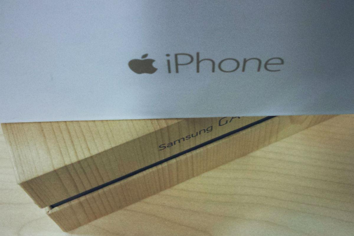 Samsung și Apple redevin parteneri buni pentru cea mai importantă parte din viitoarele iPhone