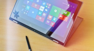 Dell Inspiron 7347 – un ultrabook serios cu o latură jucăușă [REVIEW]