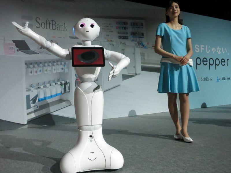 Pepper, robotul care poate vinde espressoare mai bine decât oamenii
