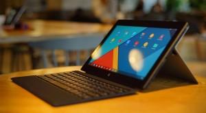 CES 2015 – Trei foşti ingineri Google au creat o clonă de Microsoft Surface Pro