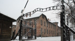 Auschwitz filmat din dronă îți arată locul devenit Iad pentru milioane de oameni [VIDEO]