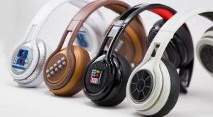 CES 2015 – Phaz P2, căștile care îți încarcă telefonul atunci când asculți muzică