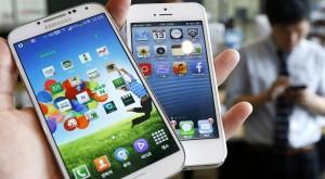 Apple și Samsung se bat pentru supremație: După patru ani, Apple poate ajunge iar pe locul I