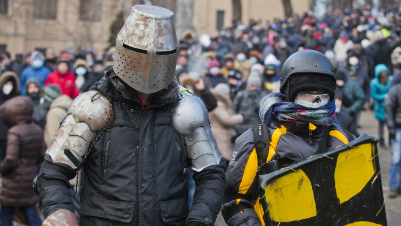 ucraina maidan facebook rețele sociale armuri