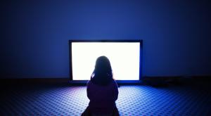 Cum spală televizorul copiii pe creier [FOTO]