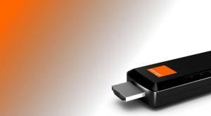 Orange lansează un stick care îți transformă televizorul în unul inteligent