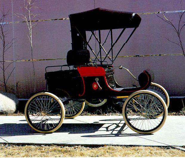 Oldsmobile - prima mașină cu vitezometru