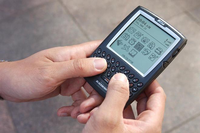 primul smartphone din lume