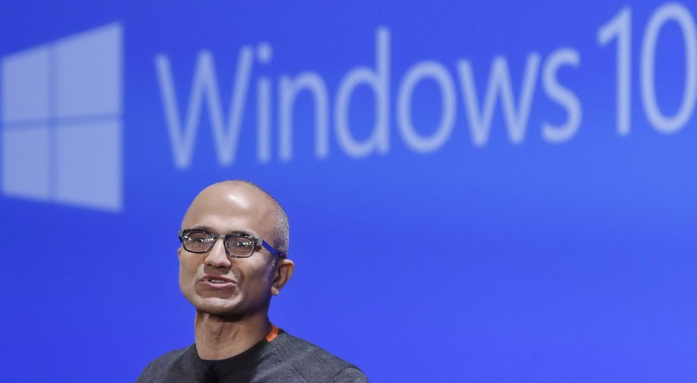 Microsoft pierde bani lunar, dar Windows 10 ar fi salvarea