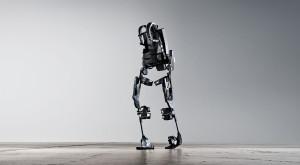Exoskeleton, robotul pe care îl controlezi cu puterea minții