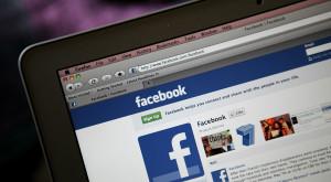 Facebook te ajută să ai fotografii mai reușite: ce schimbări aduce noul update
