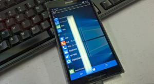 Lumia 950 XL va fi primul smartphone de vârf cu Windows 10 Mobile