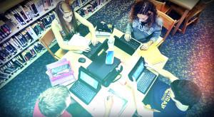 Gadget de ghiozdan: 10 oferte de care să profiți înainte de a începe școala