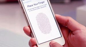 Dacă ai un iPhone, nu mai ai nevoie de altceva pentru a-ți accesa online contul BCR