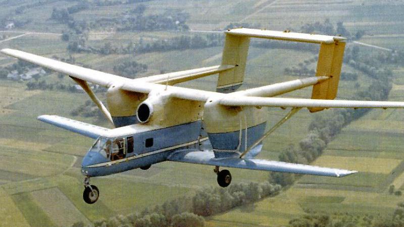 pzl m-15 avion 2