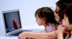 În curând, vom putea folosi internetul fără costuri suplimentare în străinătate
