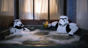 Ce fac soldații lui Darth Vader în timpul liber