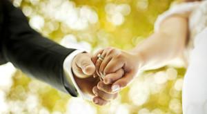 Site-ul care te ajută să-ți ceri iubita în căsătorie