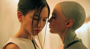 Oamenii se pot îndrăgosti cu adevărat de roboți